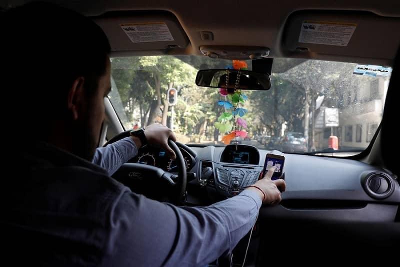 conduciendo con gps