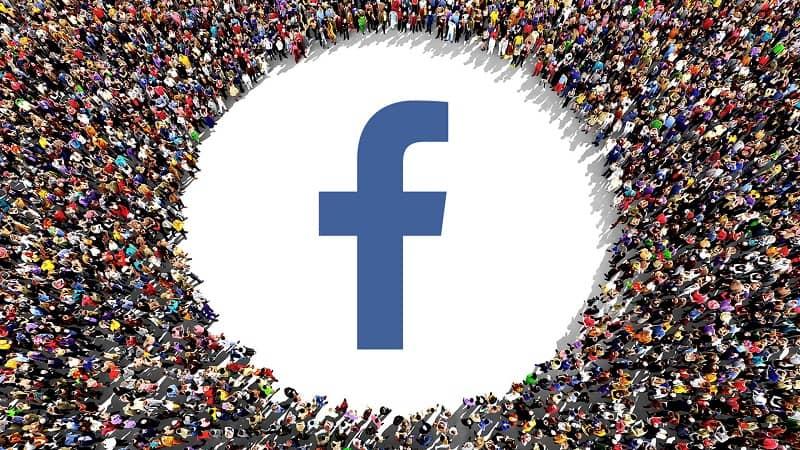 multitud manejan cuenta facebook lite