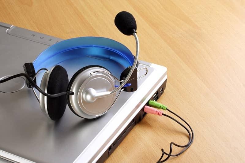 audifonos conectada a laptop