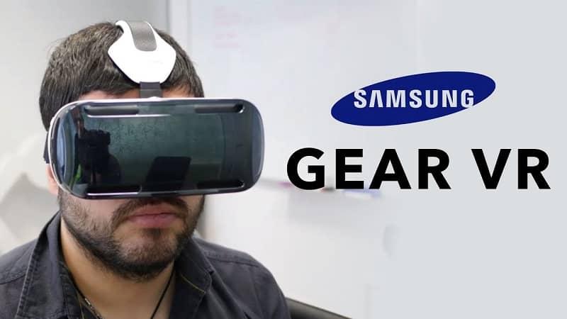 hombre con gafas realidad virtual