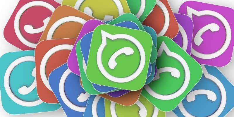 iconos diferentes colores whatsapp