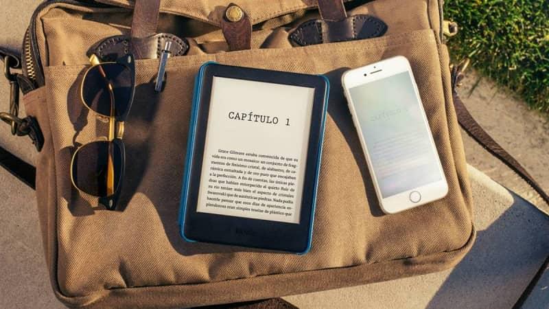 tablet y movil con libro eletronico
