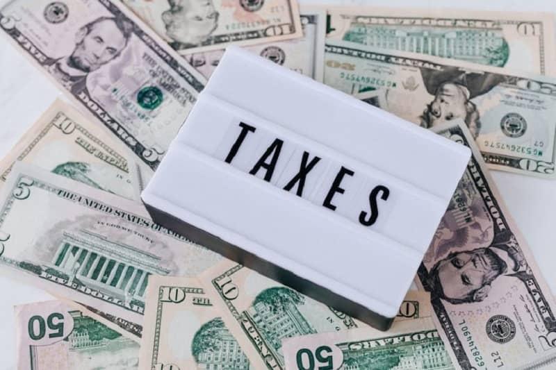 cobrar impuestos en uber